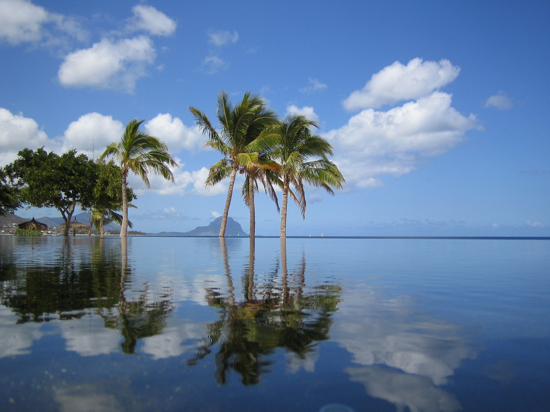 MAURITIUS FLIGHTS FROM ONLY R4 875