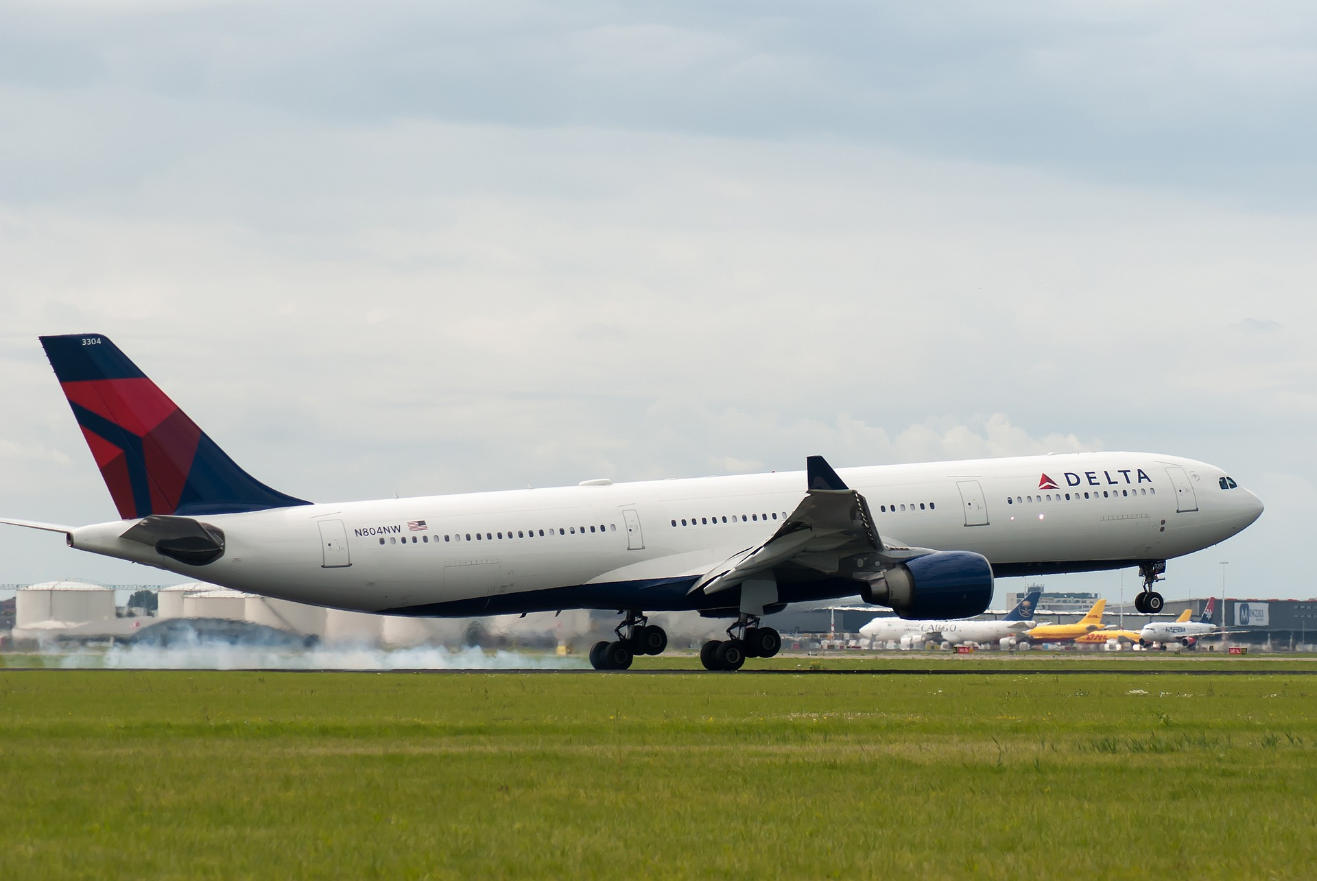 DELTA AIRLINES DELAYS RETURN TO SA ROUTE